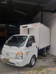 Hyundai HR C/ Baú Refrigerado