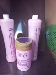 Título do anúncio: Vendo shampoo e condicionador e Máscaras.