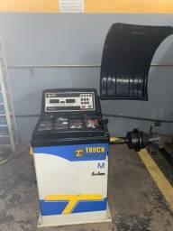 Título do anúncio: Balanceadora de Rodas Truckcenter TC5M