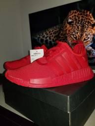 Tênis Adidas NMD_R1 Boost