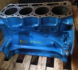 Título do anúncio: Bloco para motor de F 1000<br>/ F 4000 / Trator Ford 5600 / 6600<br>/ 6610