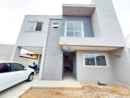 Lindo sobrado à venda com 3 quartos, ático com terraço e 160 m², em excelente localização