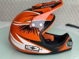 Capacete Bicicross Kaerre preto/laranja tamanho 58
