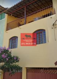 Casa com 3 pavimentos à venda no bairro São João Batista em BH