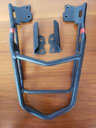 Bagageiro Givi p/ Honda CB 250 Twister