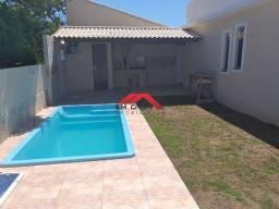 RA(SP2014) Casa com piscina, 2 quartos { São Pedro da Aldeia}