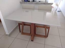 Título do anúncio: Mesa Gávea retangular de madeira e acabamento laka