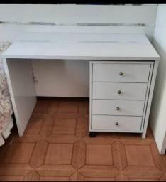 escrivaninha com gaveteiro novo monto