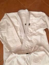 Kimono jiujitsu A2 branco 100,00