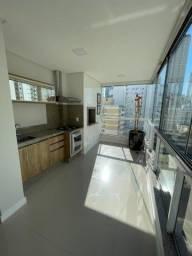 R6015-Apartamento bem ensolarado com 3 suítes em Balneário Camboriú.