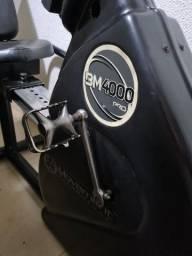 Bicicleta Eletromagnética Moviment Profissional