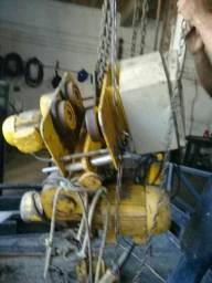 Trabalhamos com ponte rolante guincho de arraste talhas elétricas