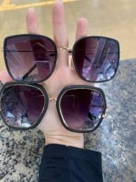 Vendo 2 óculos modelo blogueira