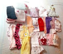 Lote de roupas de bebê menina