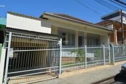 Título do anúncio: Casa para venda em Santa Maria no bairro Fátima 180m2 com 02 garagens terraço e pátio