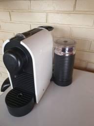 Cafeteira Nespresso com Aeroccino