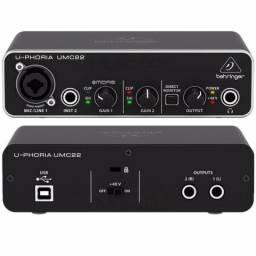 Interface De Áudio Usb 2 Canais Behringer Umc22