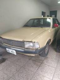 Ford Del Rey 1.8 Ghia Bege com Manual + Chave Cópia - Repasse - Financie Fácil - 1982