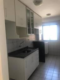 Alugo apartamento no condomínio Vila das Flores