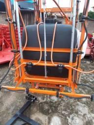 Pulverizador 600 litros para trator
