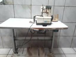 Vendo máquinas de costura.