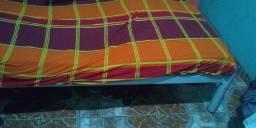 Vende cama de solteiro de ferro 80 reais