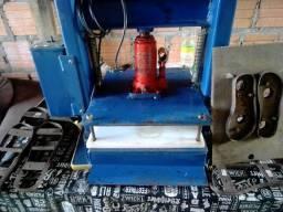 Máquina fabricação de chinelo