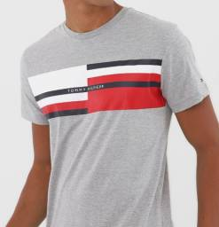 Camiseta Tommy Hilfiger- Cinza - Tam. M
