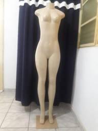 Manequim feminino corpo
