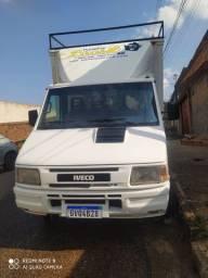 Caminhão Iveco Daily 2006