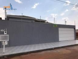 Casa com 3 dormitórios à venda, 122 m² por R$ 400.000 - Residencial Flor do Cerrado - Anáp