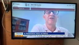 """TV 43"""" LG led = R$810,00 (3x no cartão crédito, 3meses garantia)"""