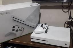 Xbox one s 500 gb com vários jogos