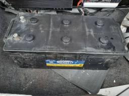 Bateria caminhão 180 amprs
