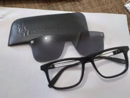 Óculos Chilli Beans - Armação Grau / Solar