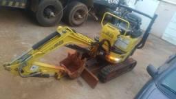 Mini-escavadeira Vio12