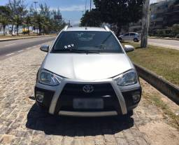 Toyota Etios Cross 1.5 Gnv 2015