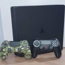 Playstation 4 slim 500gb, 2 controles + 5 jogos