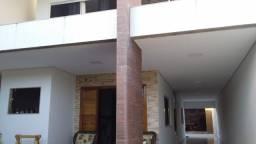 Casa 2 pavimentos em Almenara MG no porcelanato