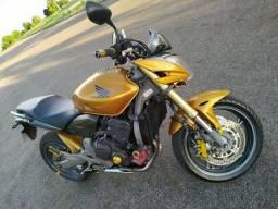 Vendo Hornet CB 600 Naked, ano 2009/09 R$ 25.000,00