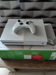 Vendo Xbox One S 1000gb ou Troco por Gios ou Aro 29 com volta em dinheiro