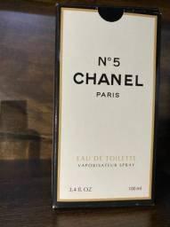Perfumes na descrição