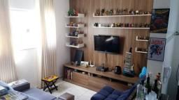 Apartamento todo imobiliado com móveis planejados.
