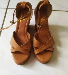 Sandálias n 35