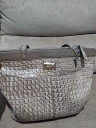 Bolsa em couro legítimo  ( couro Fino)
