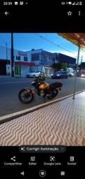 Moto Titan ex ano 2010  dias não deve nada no ponto de transferência não vaza nada