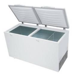 Freezer 110v semi novo com pouco uzo eletrolux
