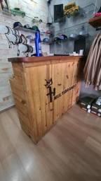 Balcão de madeira rústica para comercio