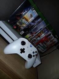Título do anúncio: Xbox one s em perfeito estado! Acompanha 6 jogos sem nem um arranhão!!!