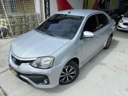 Etios sedan platinum 1.5 automático